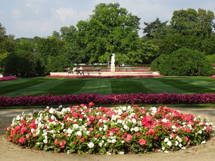 the royal baths park in warsaw