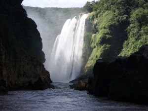 waterfall in huasteca mexico
