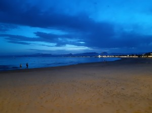the beach and sea in salou at night