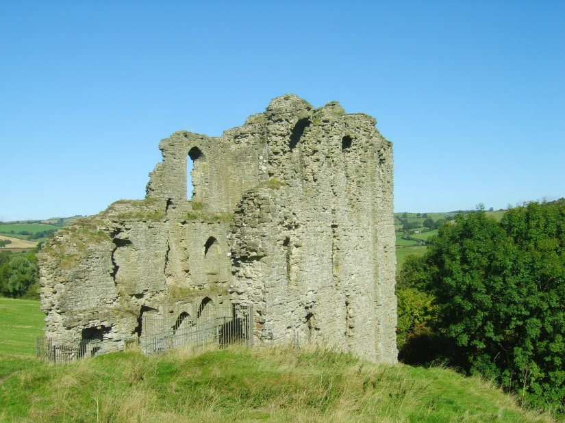 clun castle in shropshire